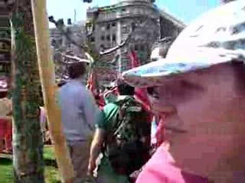 Riaño Vive entre banderas leonesas