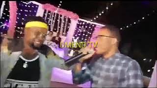 ALIKIBA AIMBA NIMWAGE RADHI YA HARMONKIZE & MPOTO KWENYE SHEREHE