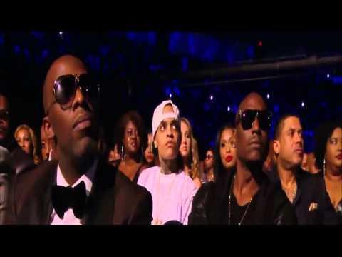 Kem & Ledisi  Love Calls  Soul Train Awards 30112014
