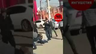 Жестокая драка молодых людей попала на видео в Ингушетии