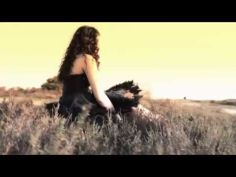 'RUN RUN RUN' - Tara Flanagan (Official Music Video)