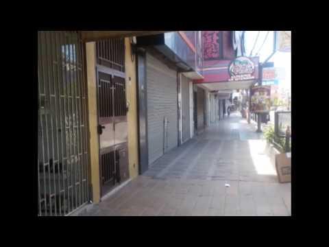 La mayoría de los comercios neuquinos cerraron sus puertas a las 13