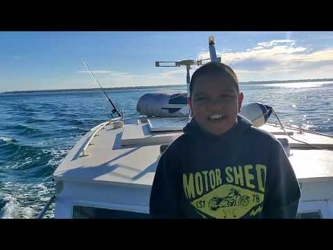 Moreton Island Fishing Huge Mackerel Caught In The Artificial Reef