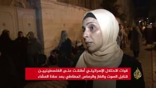 الاحتلال يهاجم المصلين عند باب الأسباط بالقدس