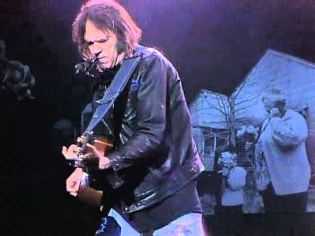 neil-young-keep-on-rockin-in-the-free-world-live-at-farm-aid-1990-farmaid