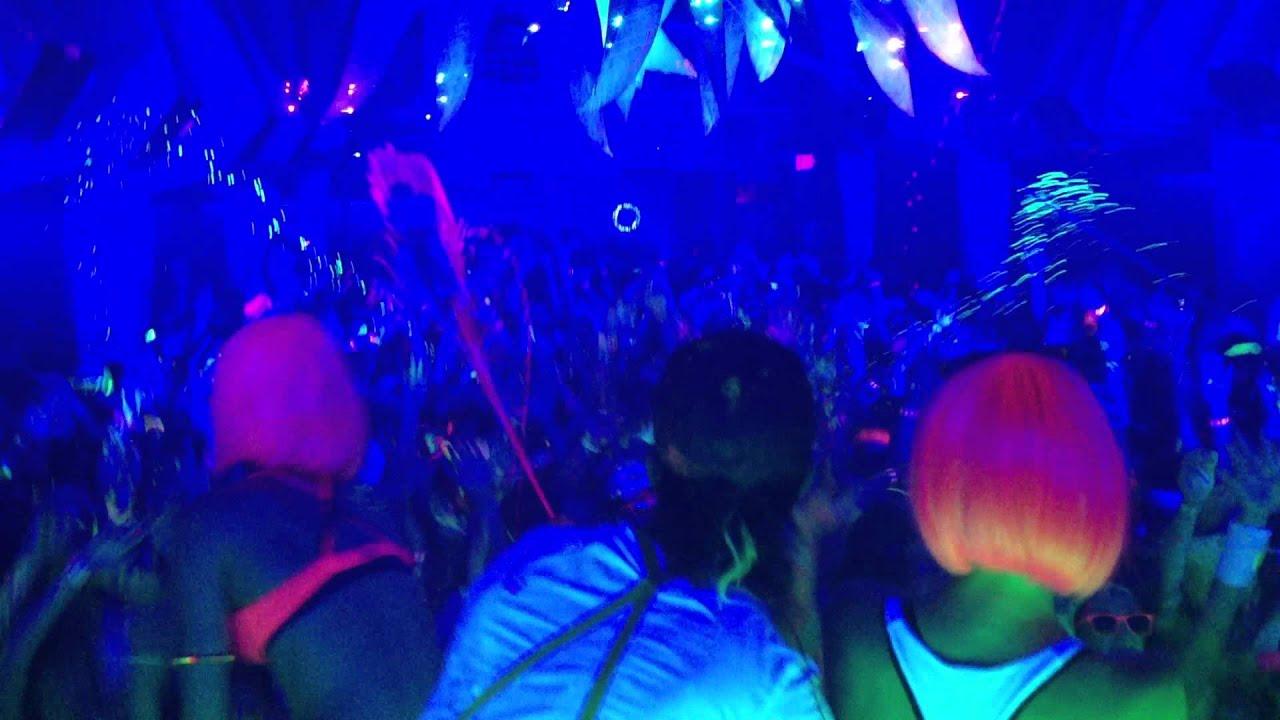 Ampersand Neon Glow Paint Party Tour - Karma Lafayette, La ...