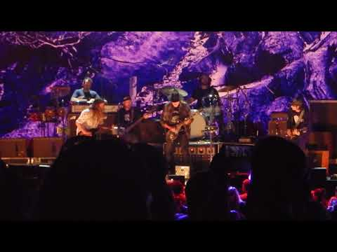 """Neil Young & Promise of the Real """"F*!#in"""