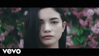 Смотреть клип Lastlings - You