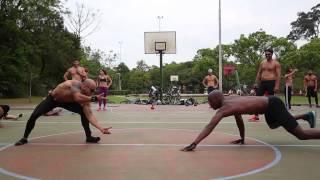 Mahamudra mistura ioga, capoeira e cross fit para chegar à hiperconsciência