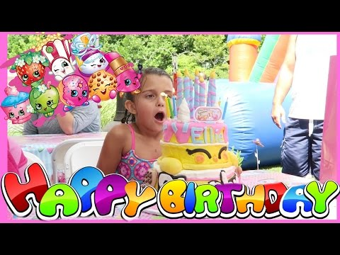 🎉CELEBRATING ELLIE'S BIRTHDAY PARTY🎉 | 😮EMMA'S FRIEND GETS HURT😮 | Emma & Ellie