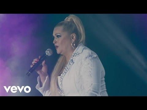 Rocio Banquells, Karina - Luna Mágica (Live)