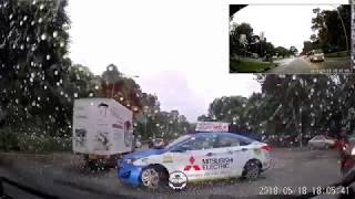 18may2018 multiview comfort delgro taxi SHA7359U  dangerous uturn @  lornie road towards adam road