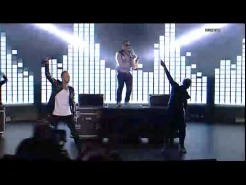 Eurovision 2015 (Moldova) : SunStroke Project & Michael Ra - Day After Day (Live in semi-final)