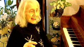 "92-Year Old Woman Rocks on the Piano ""Oh, Dem Golden Slippers"""