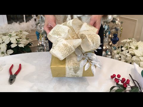 Quick And Easy Ways To Wrap A Beautiful Christmas Present