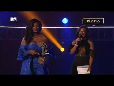 WINNER: WizKid Artist Of The Year MTV MAMA 2016