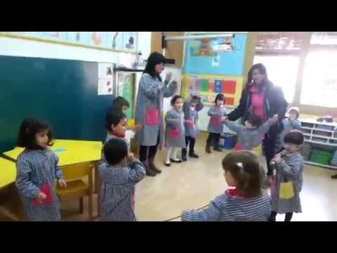 Els ocellets de l'Escola Balmes fem Karaoke!
