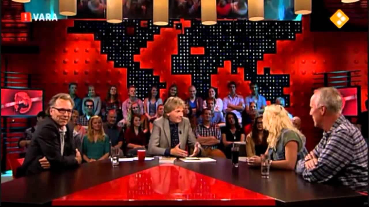 14 9 2012 de wereld draait door britt dekker interview hilarisch youtube - Tafel woonkamer van de wereld ...