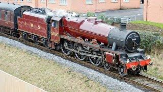 #1913. Поезда Великобритании (потрясающее видео)(Самая большая коллекция поездов мира. Здесь представлена огромная подборка фотографий как современного..., 2014-12-31T18:56:35.000Z)
