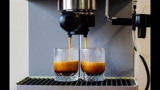 מכונת קפה Saeco Intelia Cappuccinatore