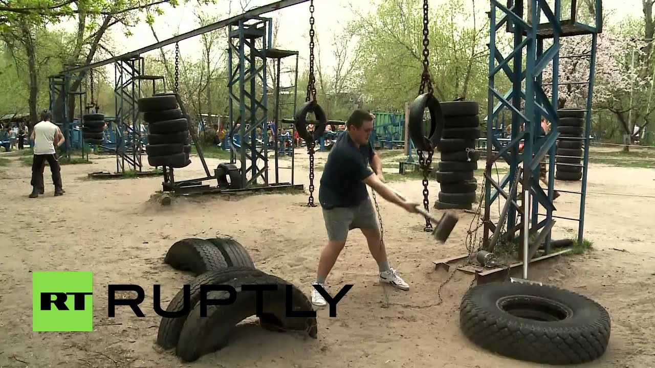Ukraine Forget Paying For Gyms To Pump Iron Lift Scrap