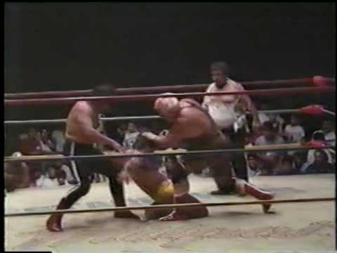 Stuka, Huracan Ramirez Jr. & Valente Fernandez vs. Sangre Chicana, Black Shadow jr. & F. Blondy