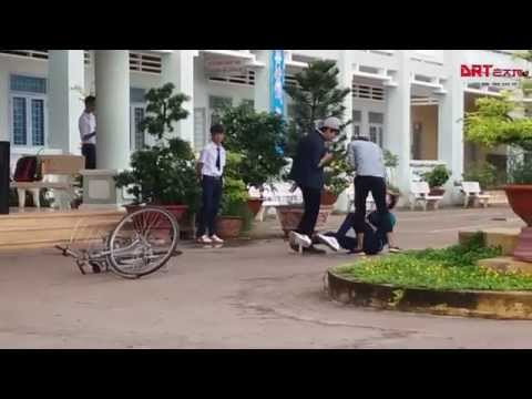 [DRTivi] TIểu Phẩm Bạo Lực Học Đường - THPT Chu Văn An