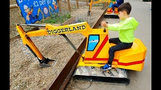 Alex Ride on the Excavator * Wheels on the Bus Song