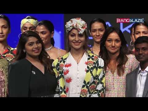 Urvashi Rautela walks for Verandah at Lakmé Fashion Week 2019 4th Day