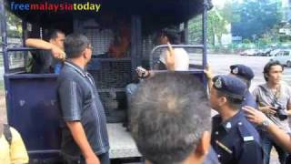 Police crackdown during Interlok protest [PART I]