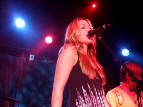 Colbie Caillat Live At First Avenue ~ You Got Me