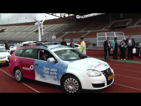 Vertrek Olympisch Stadion Amsterdam PP Electric car Rally 2012 Wereldrecord 255 elektrische auto's