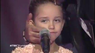 الطفلة سيلين ولحظة بكاء نانسى كاملة The Voice Kids l 2015
