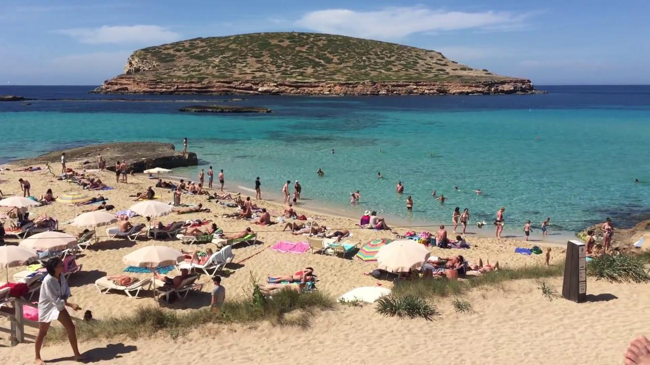 Cala Conta Ibiza | Practical guide to beaches & surroundings