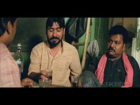 Ganesh Yadav and Manoj Bajpai Share A Joke - Funny Scene - Shool