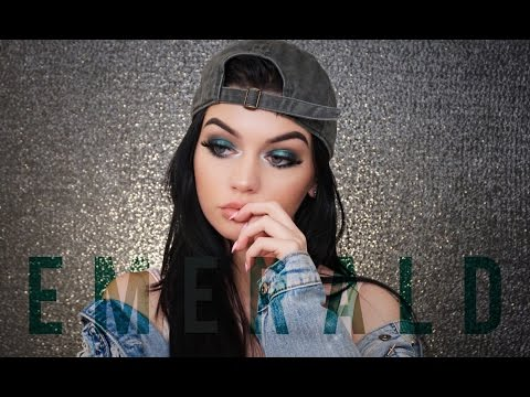 Night Glam Emerald Eyes Tutorial | MicaelaKBeauty
