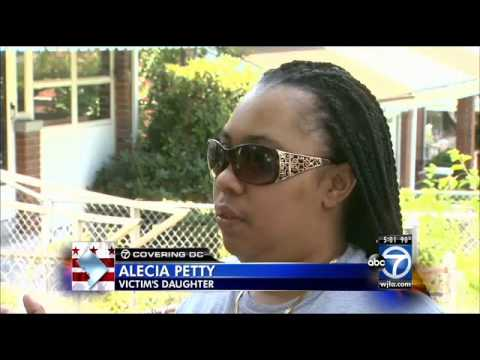 Grandmother attacked by 2 pit bulls in NE D.C.