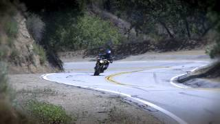 Yamaha FZ-09 vs Triumph Street Triple