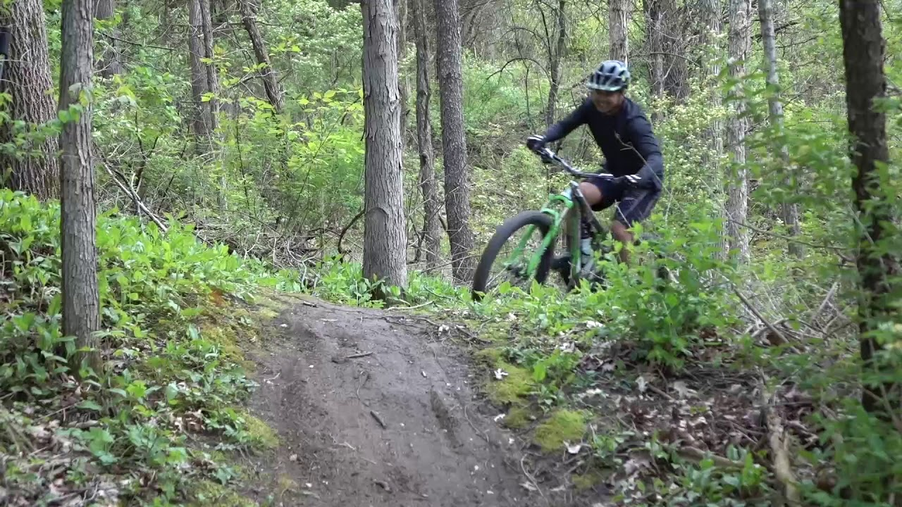 Nieuw Mountain biking at Silver Lake Park: Spring edition - YouTube CM-19