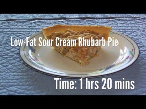 Low-Fat Sour Cream Rhubarb Pie Recipe