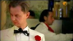 "Max Raabe in ""Charleys Tante"""