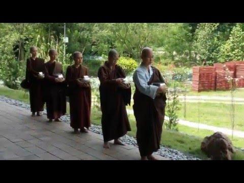 Pali Chanting - Paticca-Samuppada