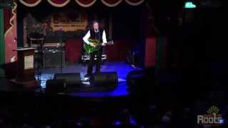 "Donovan performing ""Mellow Yellow"" at Music City Roots Live From Th..."