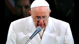 VIA CRUCIS 2015, LE PAROLE DI PAPA FRANCESCO BAGNATE DAL SANGUE DEI CRISTIANI MARTIRI PER GESU