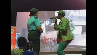 Sound Sultan Storms The Stage As He Sings, Dance, Yab & Throws Shot At Corrupt Nigerian Leaders