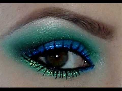 Coastal Scents 88P Blue And Green Eyeshadow Tutorial