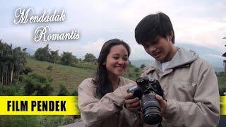 Gambar cover Film Pendek Karya Mahasiswa - Mendadak Romantis