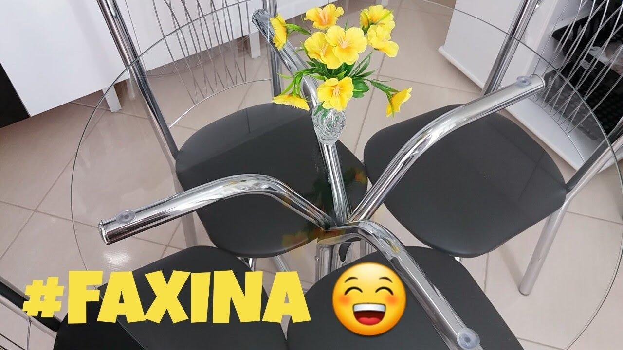 como limpar cadeiras de aluminio