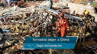 Las ráfagas de viento alcanzaron velocidades de hasta 260km/h; destrozaron vehículos, arrancaron árboles y provocaron daños en instalaciones eléctricas y casas