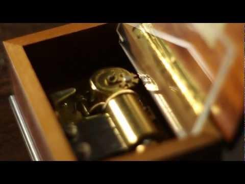 La boite à musique - The music box - Caprices De Marianne - Reuge Music
